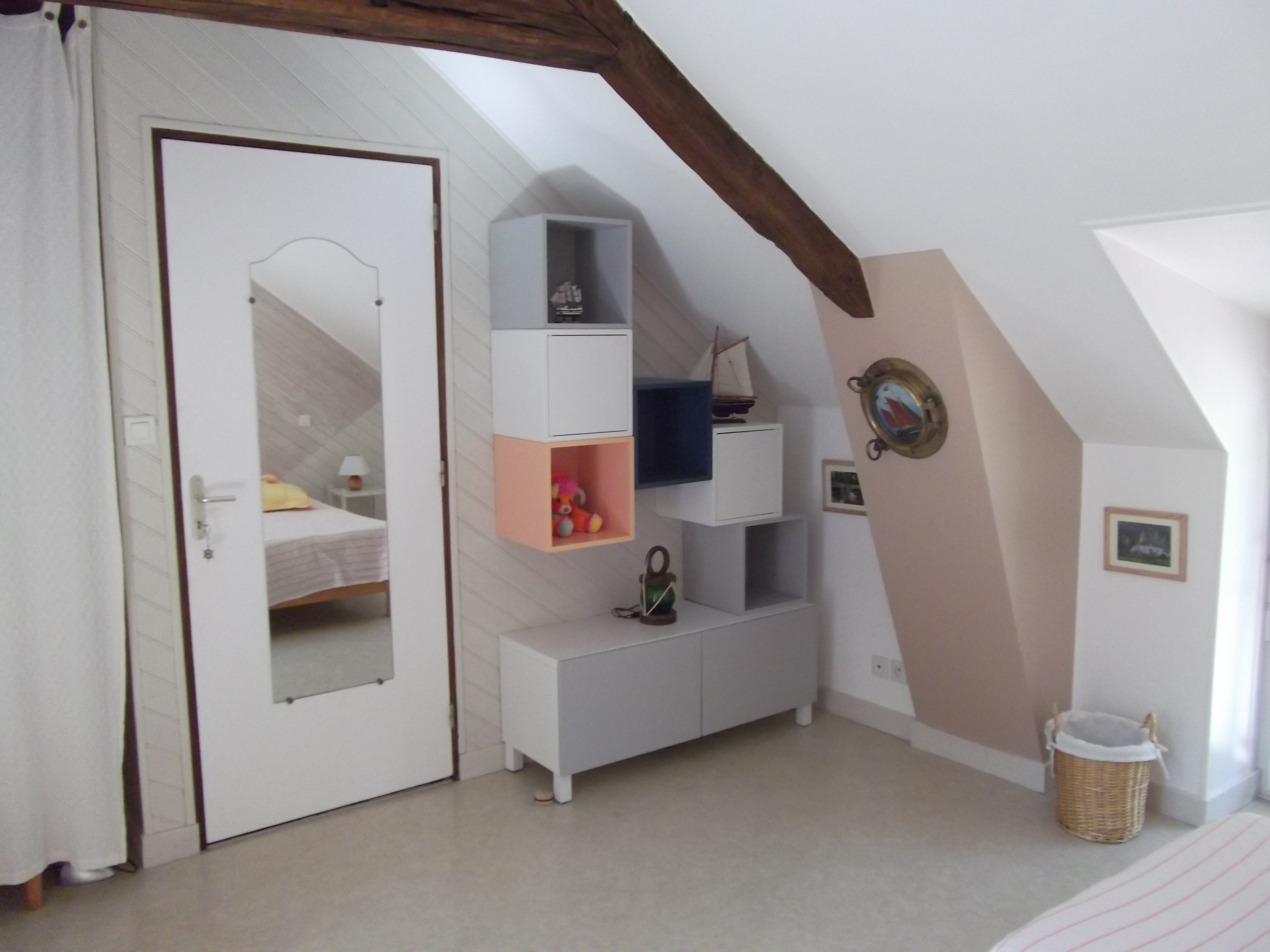 chambre3_etageres